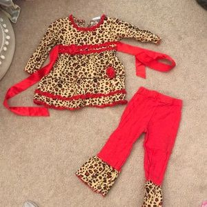 Ann Loren red and leopard matching boutique outfit